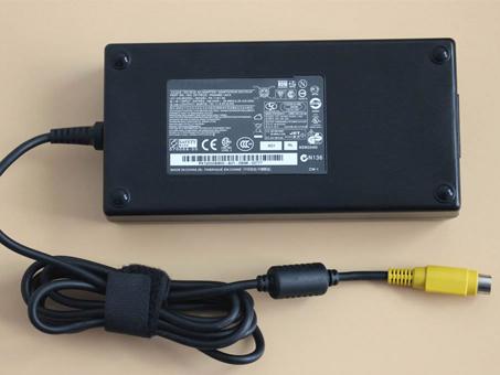 19V 9.5A , 180Watt Toshiba AKKUS